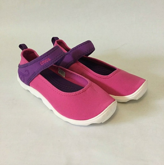 Item Girls Crocs Water Shoe   Poshmark